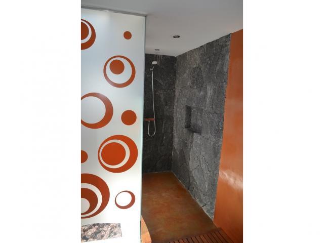 Lower floor bedroom ensuite - Large Villa (Sleeps 10), Puerto del Carmen, Lanzarote